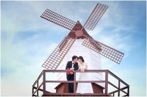 Chụp ảnh cưới đẹp tại bãi đá sông Hồng