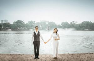 Chụp ảnh cưới đẹp tại Hồ Gươm vị xưa Hà Nội