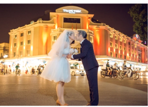 Chụp ảnh cưới đẹp tại Tràng Tiền Plaza