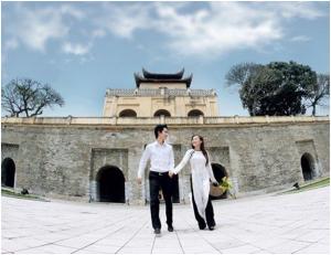 Chụp ảnh cưới đẹp tại Hoàng thành Thăng Long